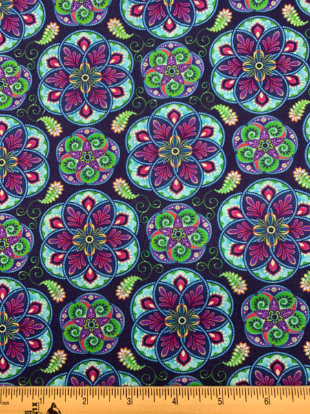 Blooming paisley quilting fabric